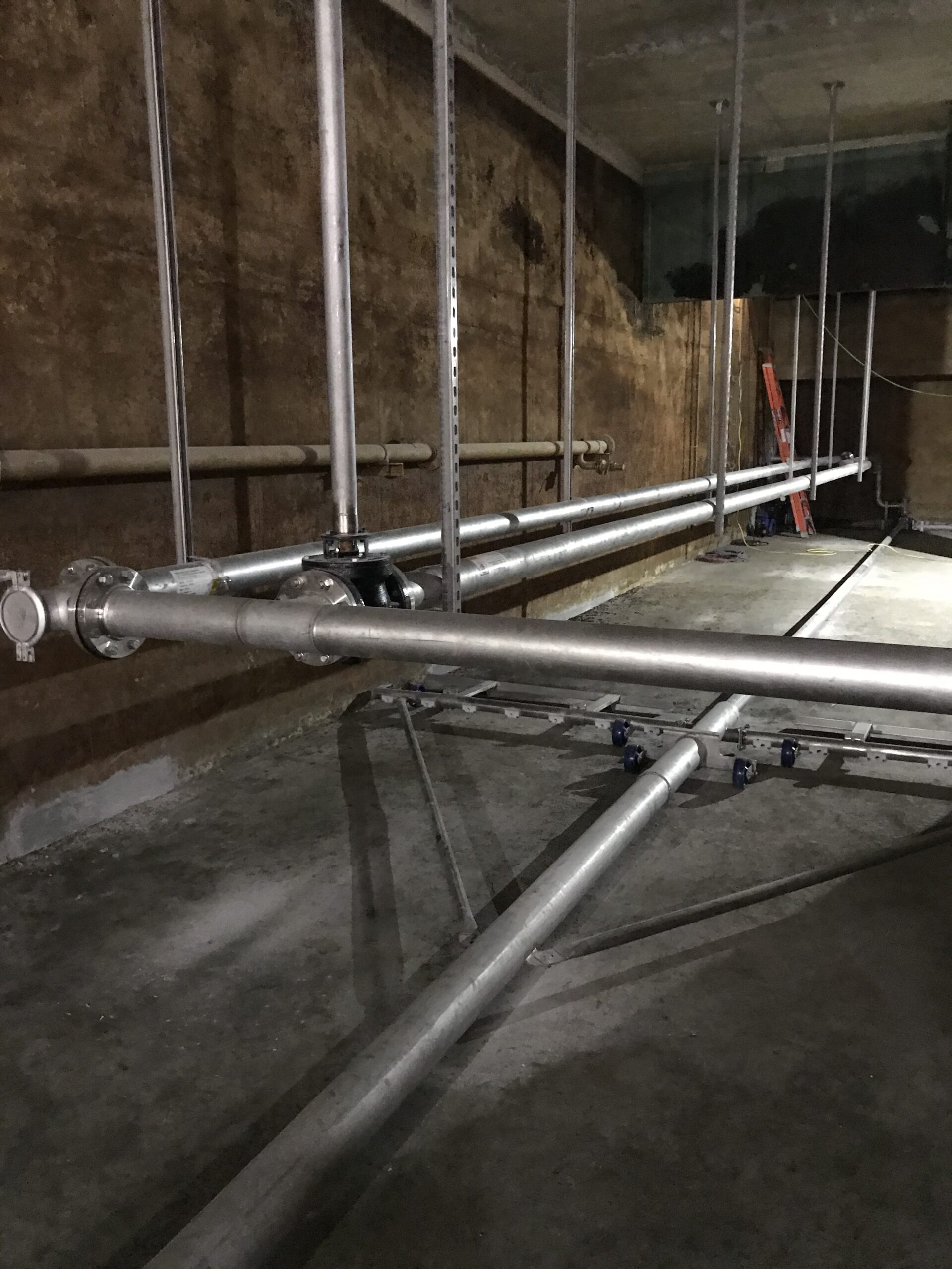 I2005 - Stainless Steel Sludge Collection Pipe & Supports